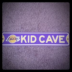 Lakers Kid Cave Sign